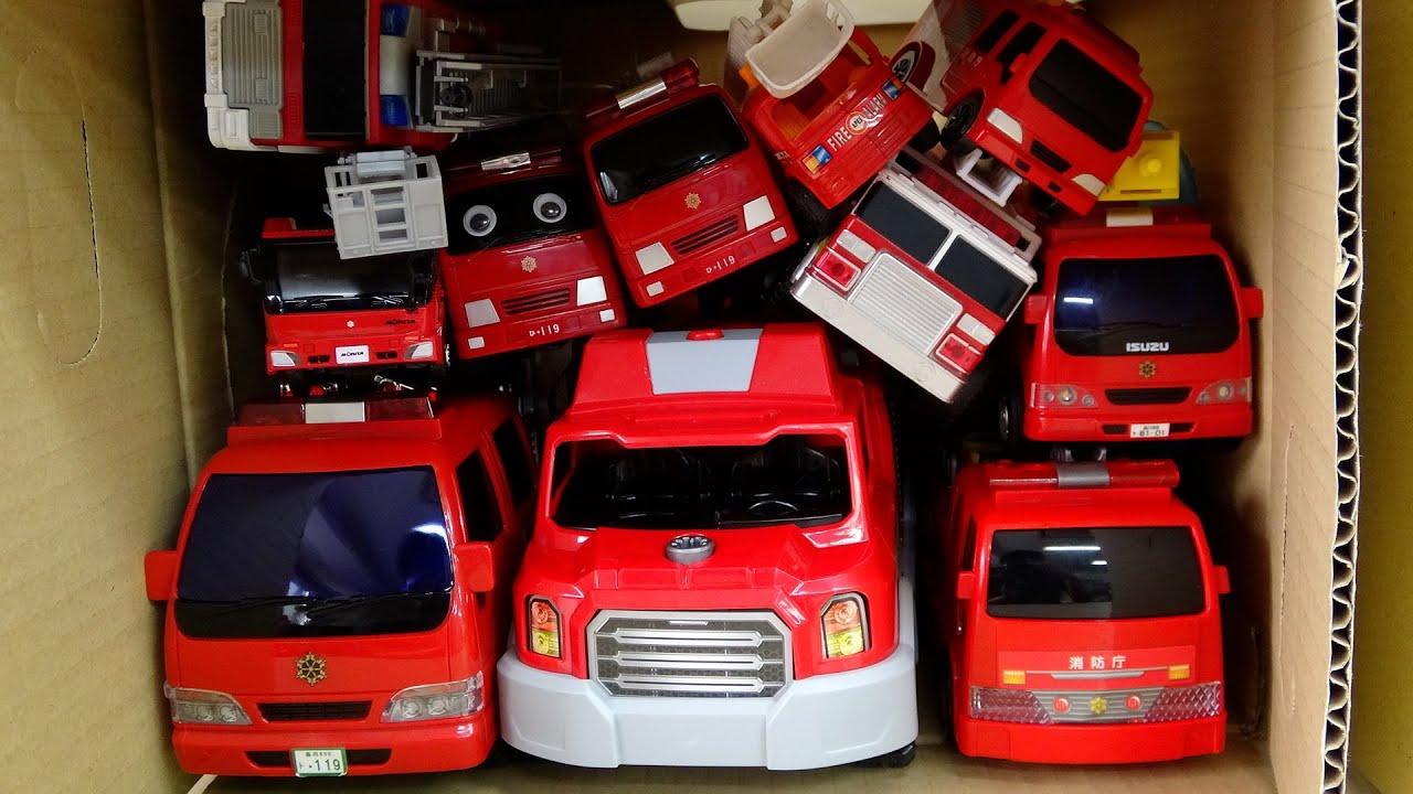 Fire Engine Car 消防車が連続で走る! Run into Box in a row