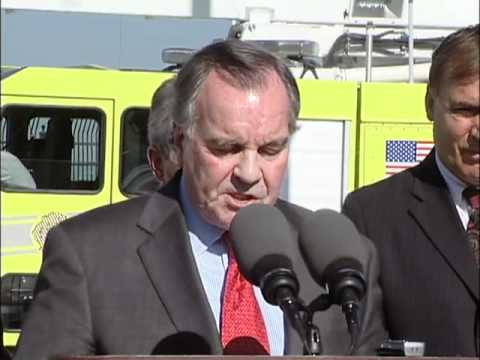 Mayor Richard M. Daley Dedicates New Armed Services Plaza At O