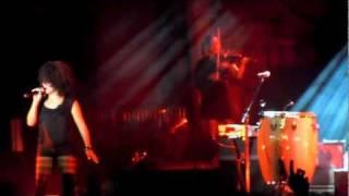 Moby (feat. Joy Malcolm) - Whole lotta love - Live in Cognac 2011
