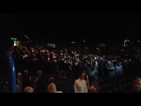 Birmingham Boxing Fans sing sweet carline