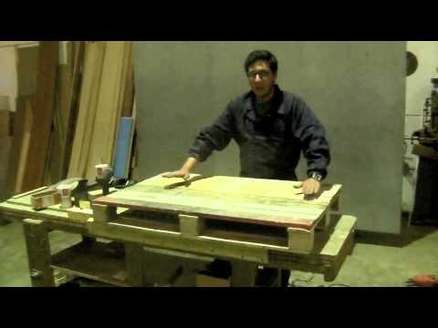 Mesa de centro hecha de palets reciclados youtube - Mesa de palets ...