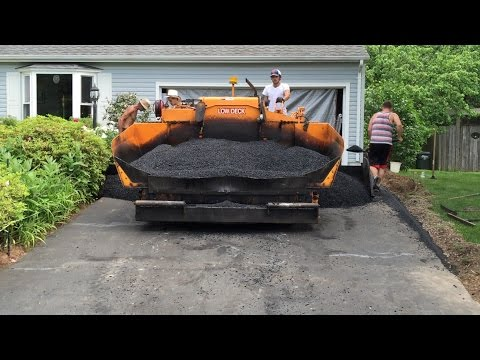 A-Pak Paving Resurfaces Our Asphalt Driveway