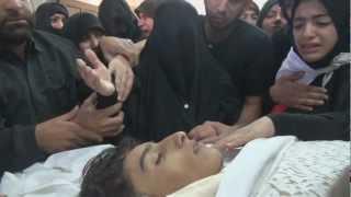 البحرين : اخت الشهيد حسين الجزيري تبكي بحرقه 16/2/2013