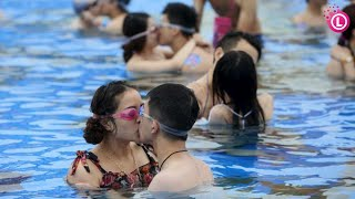 Our Lifestyle | Me with My Family Enjoy at Water Park & Sea Side thumbnail