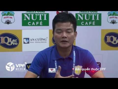 Hop Bao Sau Tran  HLV Nguyen Van Sy thua nhan Hoang Anh Gia Lai chien thang thuyet phuc  YouTube