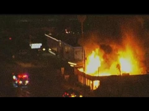 VIDEO: Building goes up in flames in Phoenix