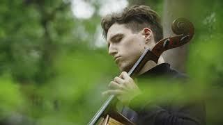 Alexander Warenberg plays Bach