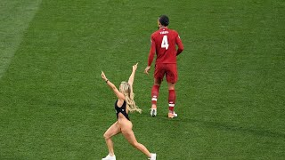 Craziest Pitch Invaders In Football