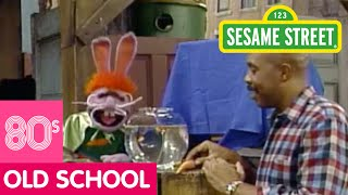 Sesame Street: Captain Vegetable Looks For Superheroes