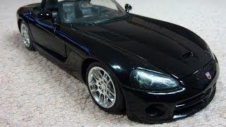 Коллекционная модель авто Dodge Viper SRT10 1:24 от Maisto