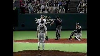 男松井秀喜、故意死球のあとサヨナラヒットで感情を爆発させる thumbnail