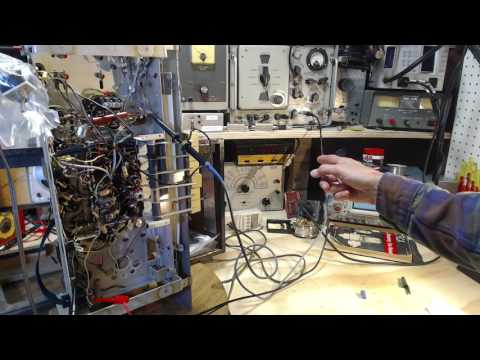 Florida AM/FM/SW Tube Radio Video #9 - Audio Testing (and Pa