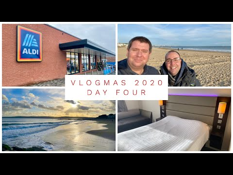 VLOGMAS 2020 - DAY 4 - SHOPPING TIME AND WE'RE OFF ON AN ADVENTURE!