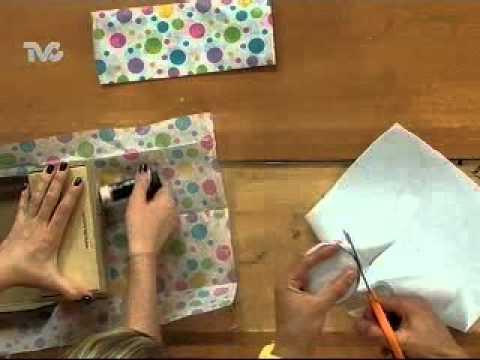 C mo decorar caja de regalo ec youtube - Como forrar una caja con tela ...
