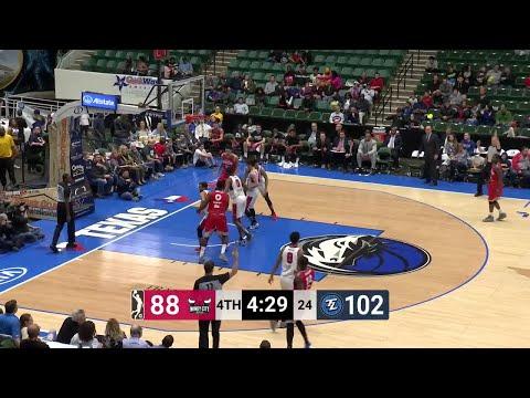 Kyle Collinsworth Posts 10 points & 10 assists vs. Windy City Bulls