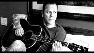 Interview with Kiefer Sutherland We talk About New Country Album, Down In A Hole