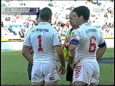 2002 Grand Final First Division Bulldogs V Dragons 1 of 4
