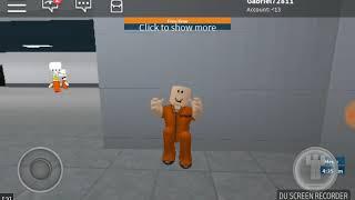 Come Crouch sul roblox cella (vita carceraria)
