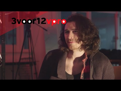 Видео, Hozier interview on Victorias Secret, gay rights, James Joyce singing with a choir and sex