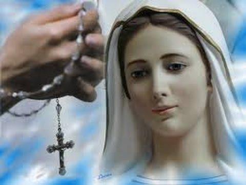 Risultati immagini per pregare il rosario