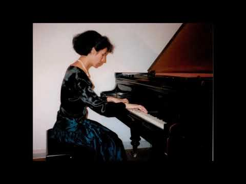 Leticia Gómez-Tagle (young) plays: Brahms Intermezzi op. 118 (1993 Live Recording)