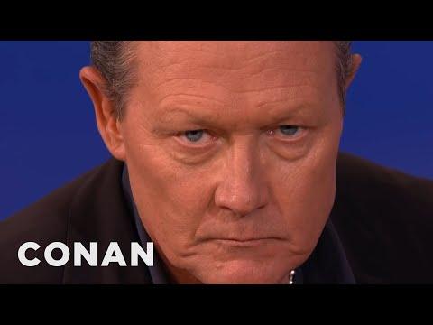 "Robert Patrick Recreates His ""T2"" Look  - CONAN On TBS"