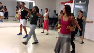 Baixar Clase de Samba Reggae con Alex Rosa de Ketubara Batucada Barcelona