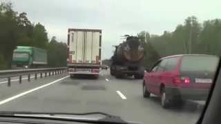 【衝撃】未来の戦場からタイムスリップしてきたトラック!?