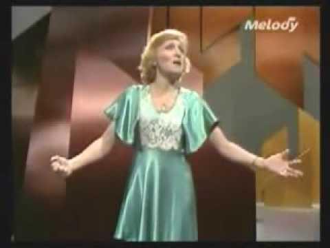 Mimi h tu une femme avec lui avec paroles 1981 doovi - Soprano kenza farah coup de coeur parole ...