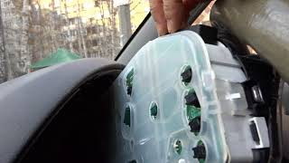 Замена лампочек панели приборов на Mazda Demio