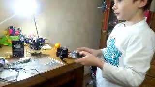 """Конкурс """"Дети - изобретатели вещей будущего"""". Тема: Беспроводное электричество. Залецкий Ярослав"""