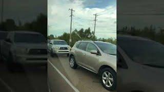Traffic Lines up Behind Empty Car    ViralHog