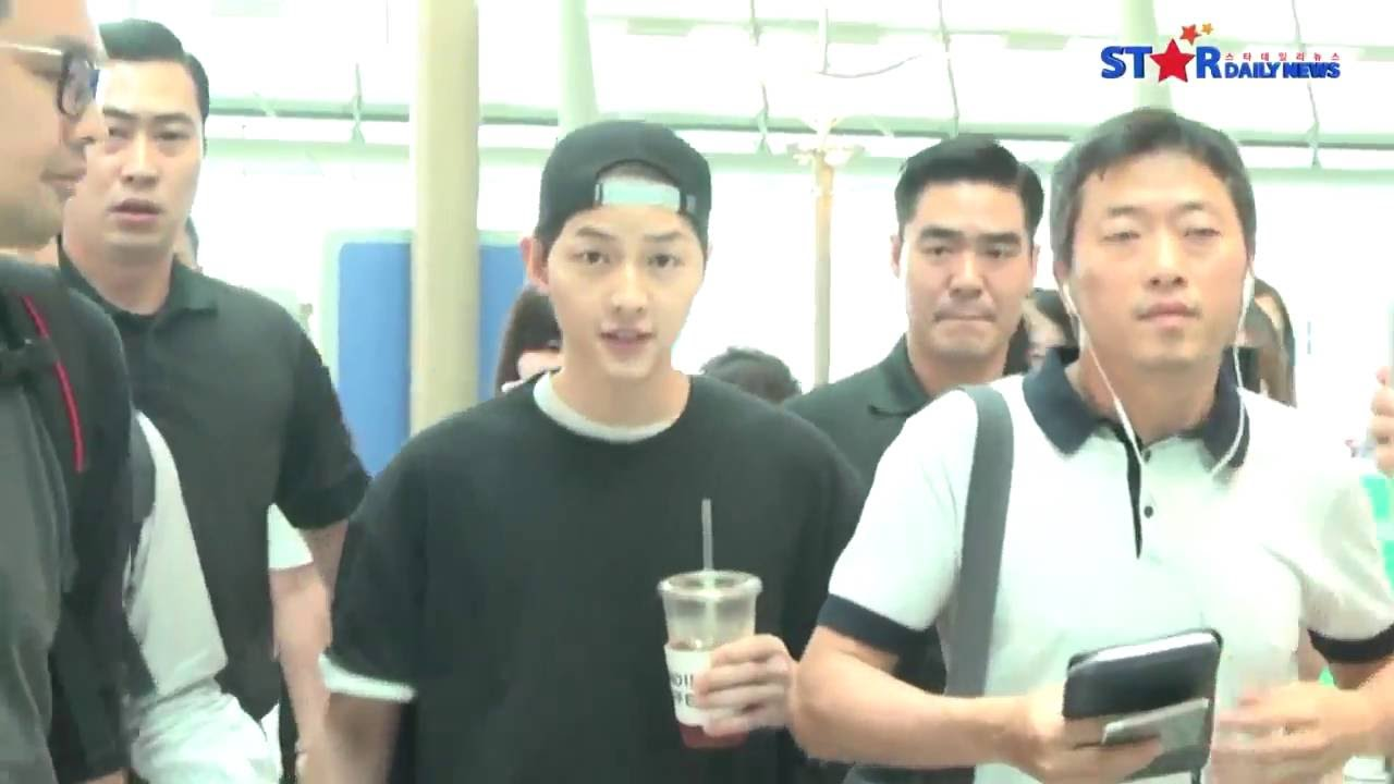 160610 송중기 출국 Song Joong Ki Incheon airport depart to Hong Kong 宋仲基 - YouTube