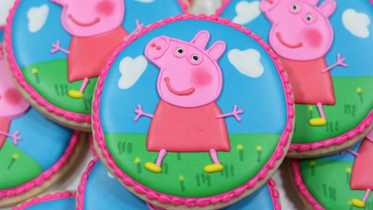 Cookie Cake With Pig