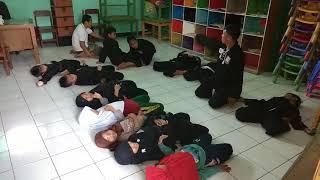 Rileksasi setelah Latihan kegiatan Eskul di SD IT AMANI AR RASYID