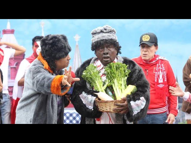 El Señor Mama se fue a Rusia y se puso a vender productos peruanos en la Plaza Roja de Moscú