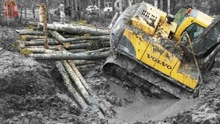 Excavator stuck in deep clay - Heavy Recovery - Terribärgarn - Sweden