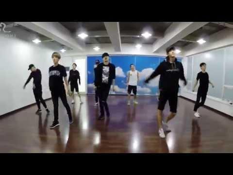 開始線上練舞:Love Me Right(鏡面版)-EXO | 最新上架MV舞蹈影片