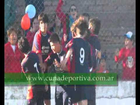 Gol de Ezequiel Lastra (Lamarque 1 Sportsman 0)