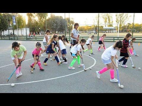 Crece la convocatoria en las escuelas de hockey en San Isidro