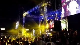 Young, wild and free - Snoop Dogg live Medellin