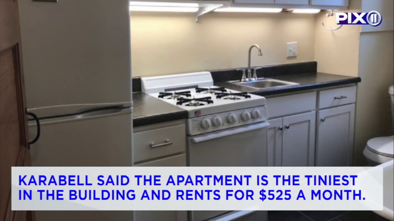 st louis apartment goes viral after photos show bathroom combined with kitchen - St Louis Kitchen