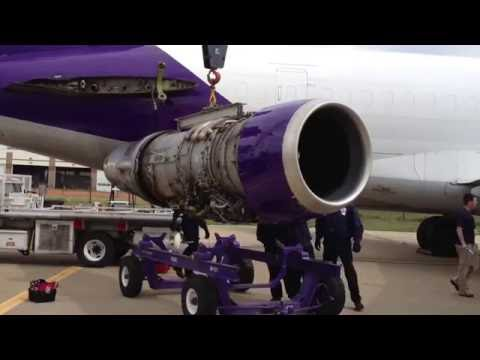 FedEx Boeing 727 JT8D Jet Engine Removal