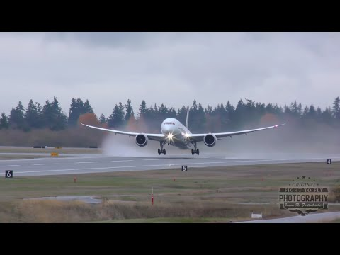 Aeromexico Boeing 787-9 Dreamliner Takeoff from Paine Field