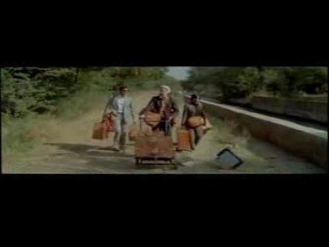 Strangers - The Kinks (Viaje a Darjeeling/The Darjeeling Limited) from YouTube · Duration:  1 minutes 34 seconds