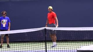 Техника в большом теннисе при ударе справа и слева