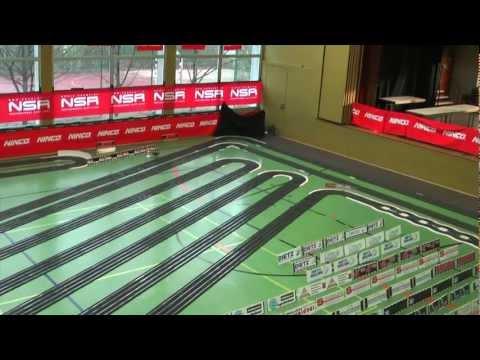Die Größte, 300 Meter lange, 4-spurige NINCO Rennbahn der Welt in der Wasenhalle am 30.12.2012