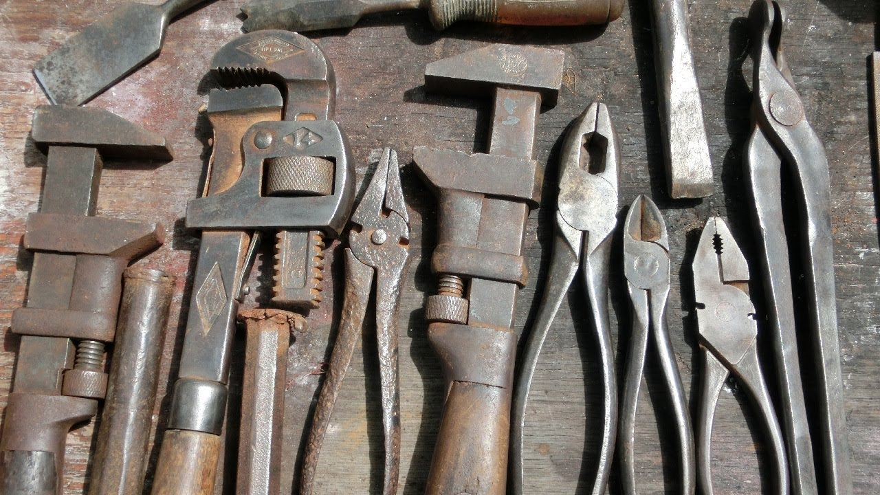 Removing Rust From Old Tools Youtube