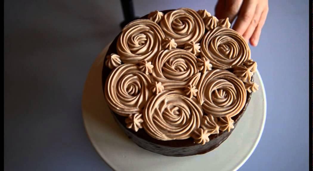 Come Decorare Una Torta Glassata Al Cioccolato Tutorial