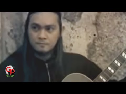 Andra And The Backbone - Hitamku